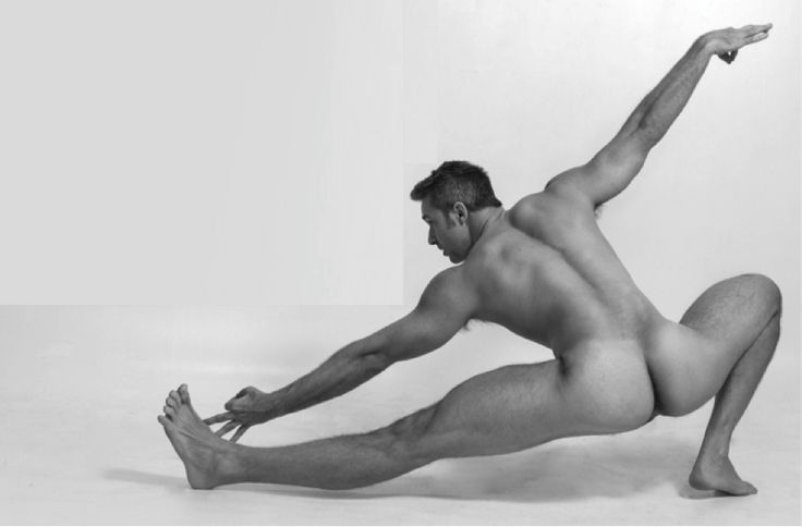 Nude male pilates — img 6