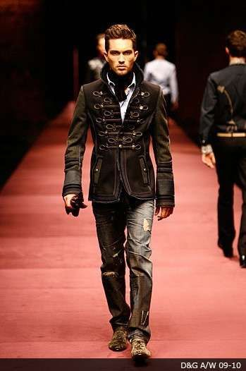 Military Menswear - Designers Do Battle On the Runway for Fall 2009 (GALLERY)