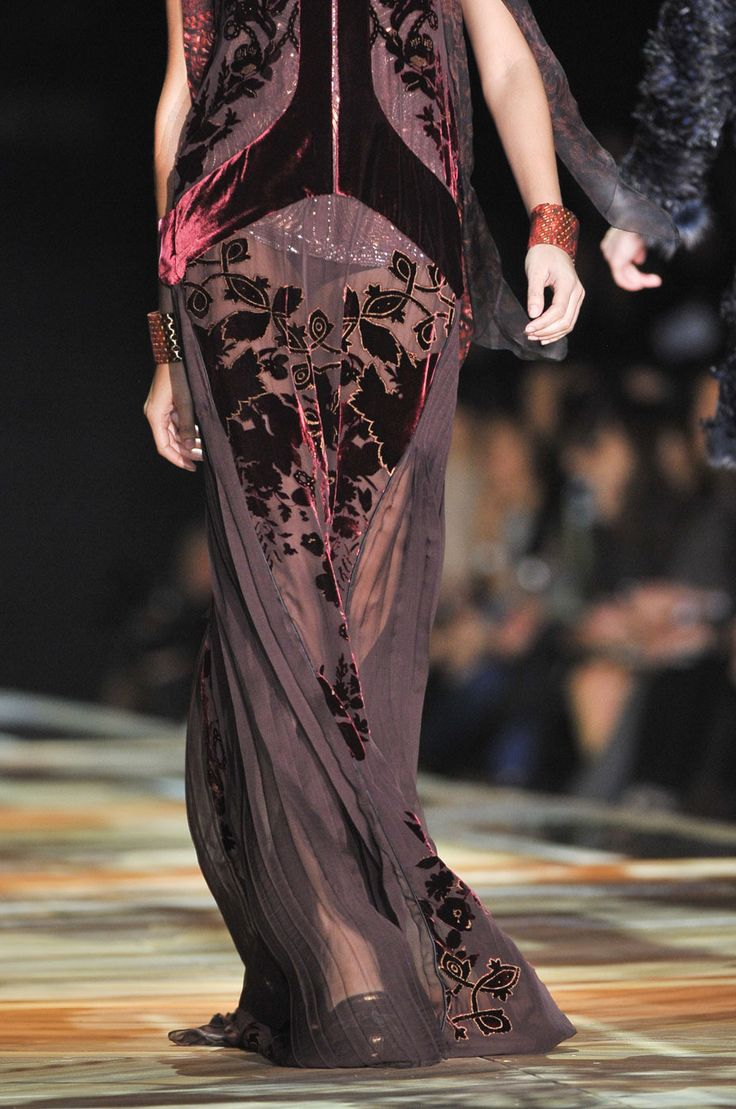 Roberto Cavalli fall 2011 - boy all the designers are sure harkening back to the flapper era for their inspiration these days