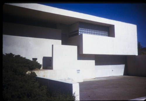 Kennedy residence, Hollywood, Los Angeles, Calif., 1939. http://digitallibrary.usc.edu/cdm/ref/collection/p15799coll42/id/670