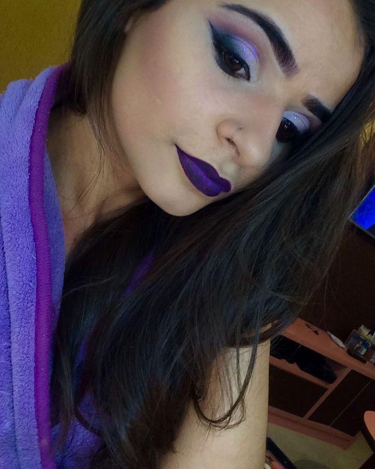 #makeup#maquiadora#profissional#roxo#glitter#catherinehiil#tracta#quemdisseberenice#kryolan#mac#contem1g#maybelline#ricosti#marykay#colossal#thebalm#make.b#boticário#natura#essenzedipozzi#indicetokyo#vult#toquedenatureza#intalove#intamakeup#instaimportados#instanacional#loucaspormake#loucasporbatom#viciopormake. http://gelinshop.com/ipost/1527970767231415883/?code=BU0cVE4AnZL
