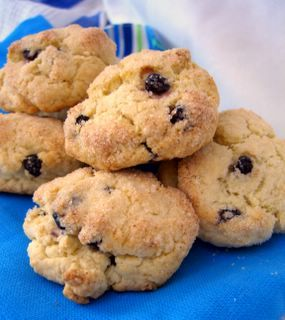 Hagrid's rock cakes--my daughter makes these with mini chocolate chips instead of raisins and they are soooo good!