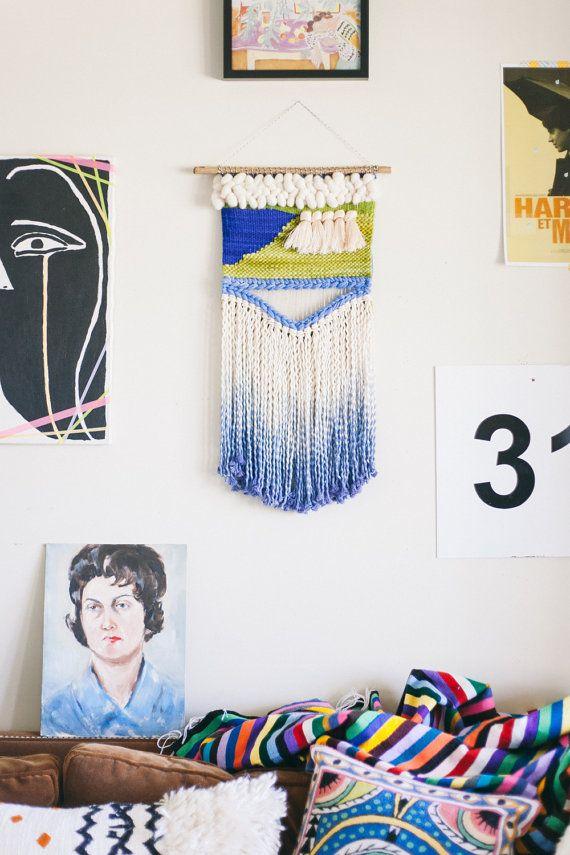 Electric ladyland / Tenture murale tissage tapisserie avec des glands / art textile