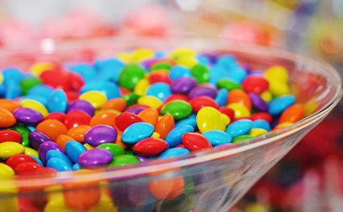 ¿Hablamos de caramelos de colores?