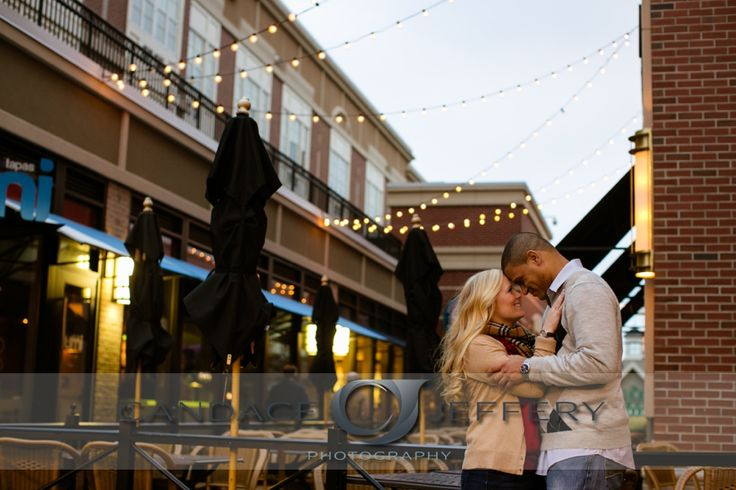 A West Hartford Center Engagement Session – Heather and Mike! » Candace Jeffery Photography's Blog