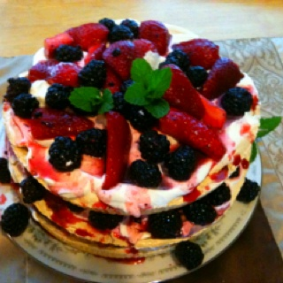 ... Pavlovas on Pinterest | Pavlova, Raspberry pavlova and Pavlova recipe