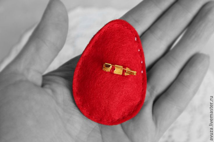 """Купить Брошь """"Красная горка"""" - ярко-красный, заплатка, деревенский стиль, Пасха, пасхальный сувенир"""