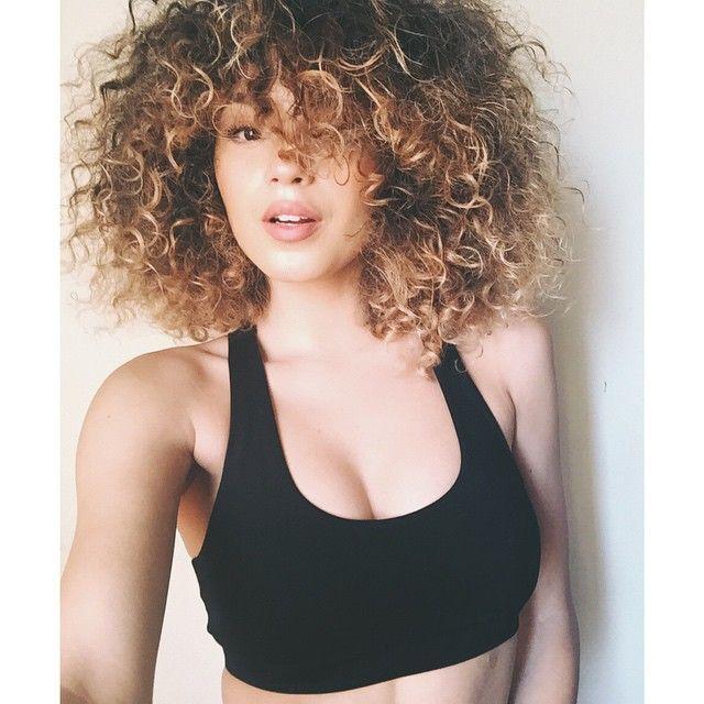 VAL MERCADO | curly ombre hair