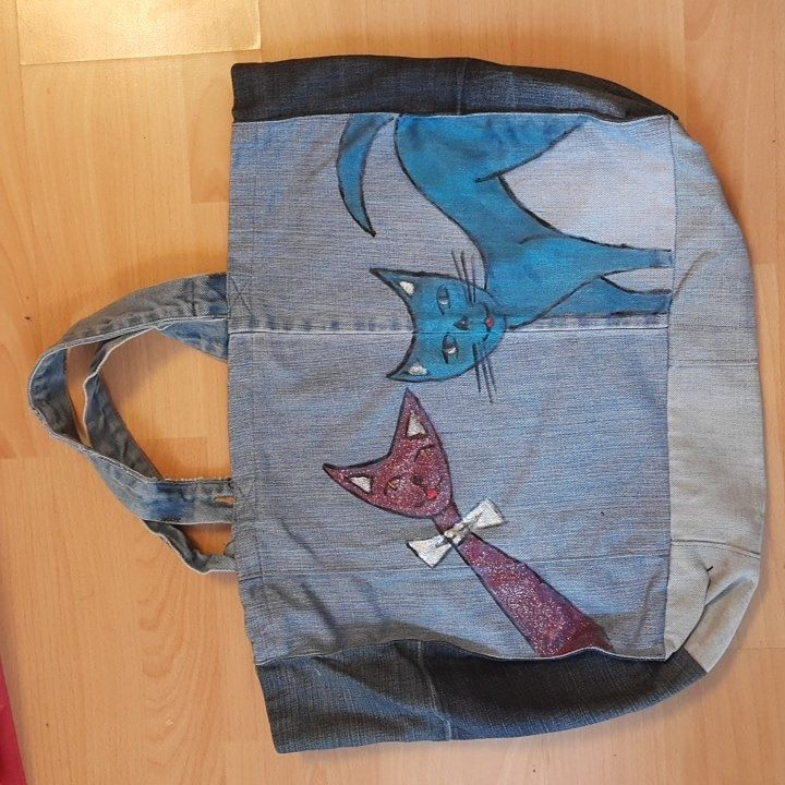 #handpainted #denim #bag #cat #recicling