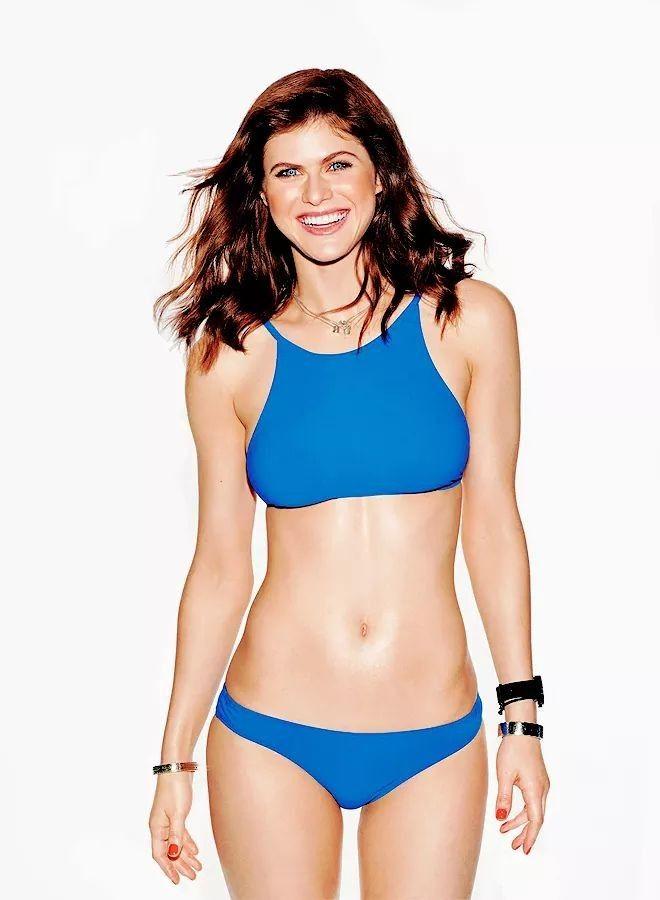 a56400f881 Alexandra Daddario Bikini Pictures
