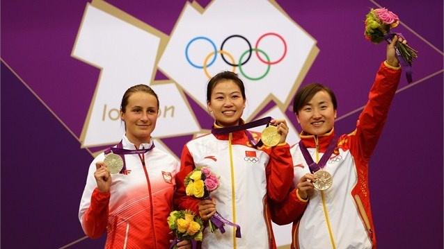 Women's 10m Air Rifle: Gold--> Yl Siling (CHN) // Silver--> Bogacka Sylwia (POL) // Bronze--> Yu Dan (CHN)