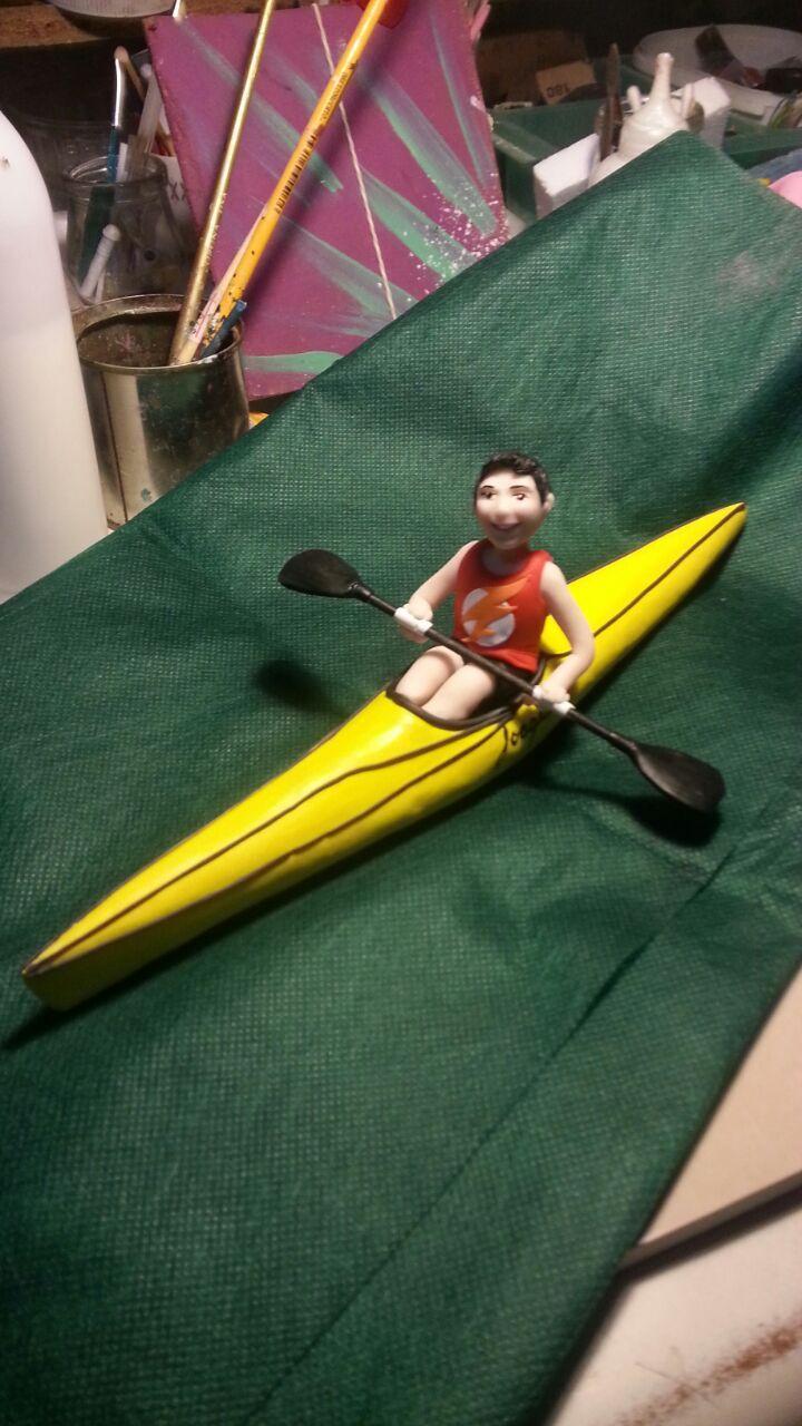 Chico en Canoa- Adorno para torta de competidor de canotaje