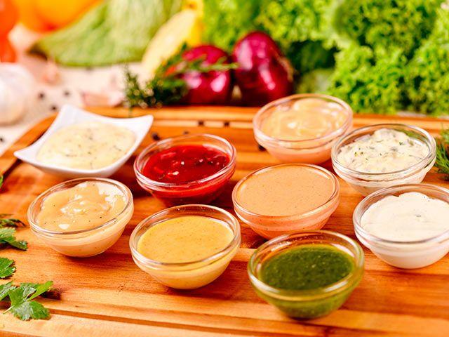 Mayonesa, vinagreta, bechamel, salsa verde, salsa española... Hoy te proponemos un montón de salsas para enriquecer los platos. ¡No te las pierdas!