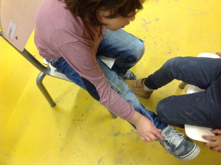 Coöperatief leren, meten met een touwtje...is mijn been langer of korter dan jouw been