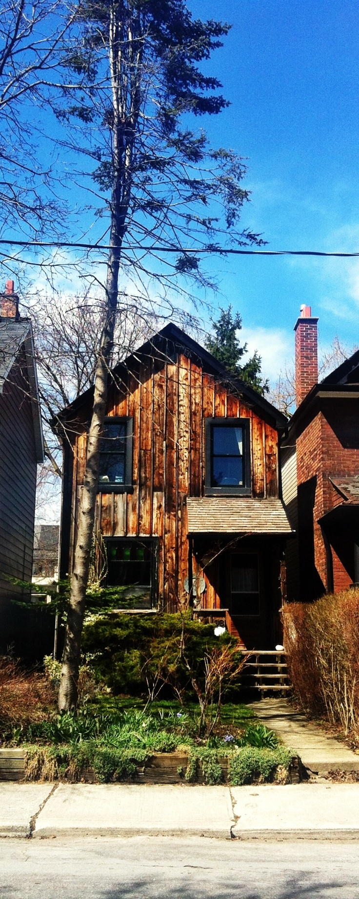 Broadview, Toronto. Cabin in the City.