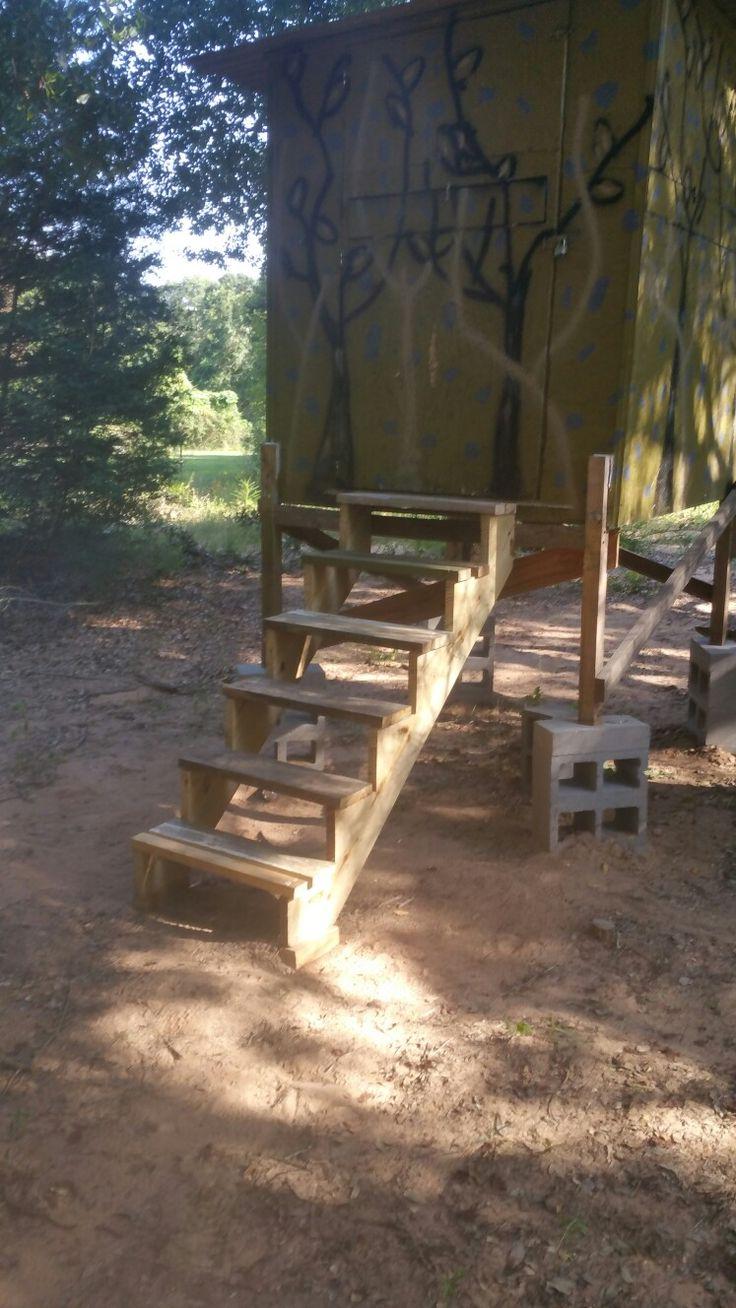 6x5 with steps deer box blinds pinterest for Deer stand steps