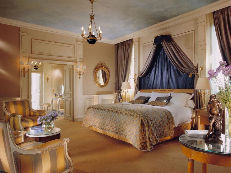 Master Bedroom In The Belle Etoile Suite Of Le Meurice, Paris.