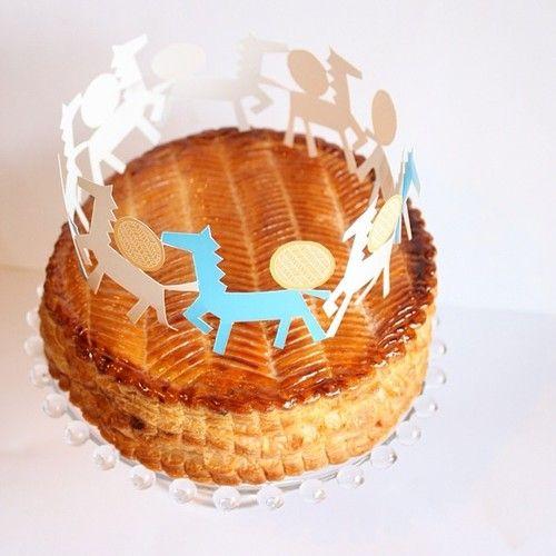 今年は慌てず丁寧な仕事ができますように…としっかりお菓子と向き合う時間になりました。   #ガレットデロワ   #galettedesrois