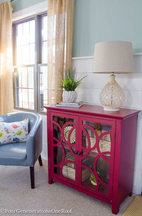How to decorate a red bookcase for Spring @sauderusa