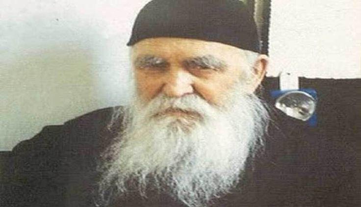 Ο π.Φιλόθεος Ζερβάκος δίνει οδηγίες για την λύση της βασκανίας στα μικρά παιδιά