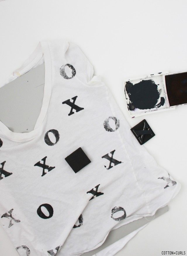 diy XO stamped top for your valentine's day