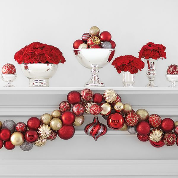 Ornament garland made with martha stewart living regal for Home depot indoor christmas decorations