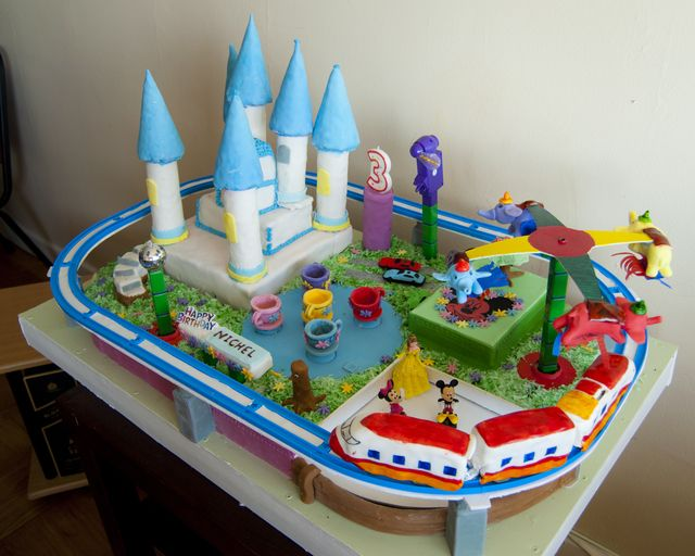 17 Best images about Disney World Inspired Cakes on Pinterest