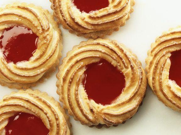 Marmeladenplätzchen ist ein Rezept mit frischen Zutaten aus der Kategorie Plätzchen. Probieren Sie dieses und weitere Rezepte von EAT SMARTER!