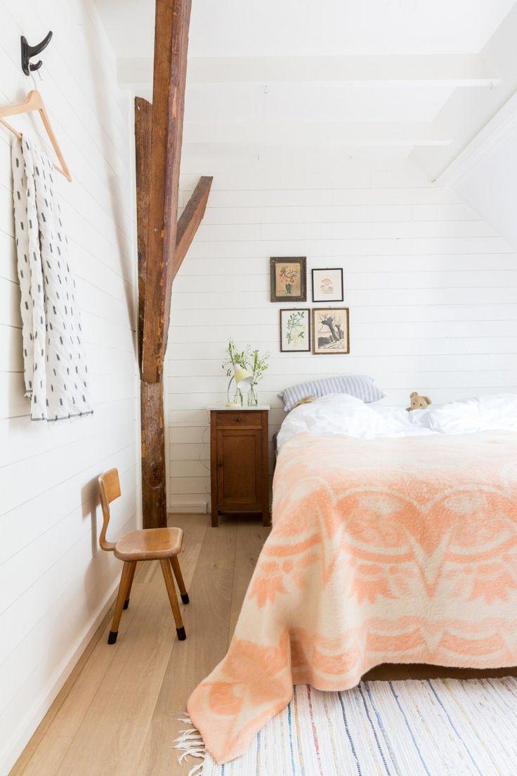 slaapkamer-wit-hout-2  vakantiewoning  Pinterest