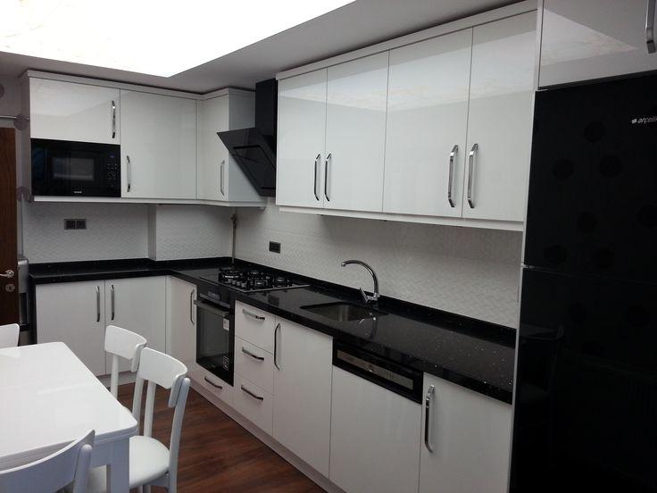 Modern black kitchens - Beyaz Mutfak Dolaplar Ile Ilgili Pinterest Teki En Iyi 25 Den Fazla