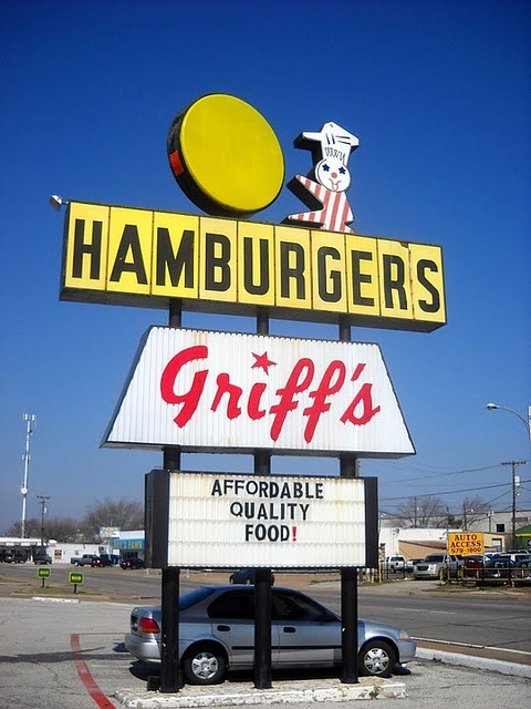 griffs hamburgers    irving texas