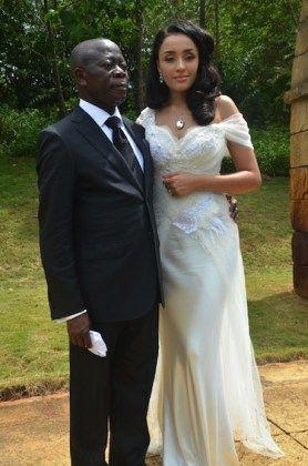 Un gouverneur nigérian de 63 ans épouse un top modèle, une éthiopienne de 30 ans, toute l'histoire sur cette affaire et les photos - Toujours un petit plus...