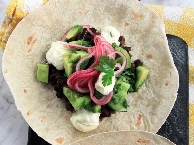 Bean taco med grön salsa | Recept från Köket.se