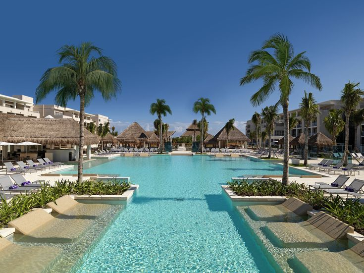 Swimming Pool at Paradisus Playa del Carmen La Perla #PreferredHotelGroup #PlayaDelCarmen #Cancun