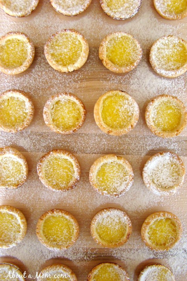 These Lemon Tartlets are the perfect balance of sweet and sour. A sweet bite-size dessert!