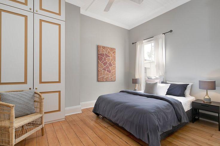 2nd double bedroom w b/ins & ceiling fan