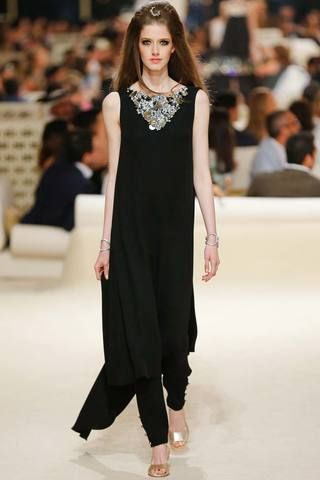 My fav look of the Chanel Resort 2015 Collection #fashion #chaneladdict