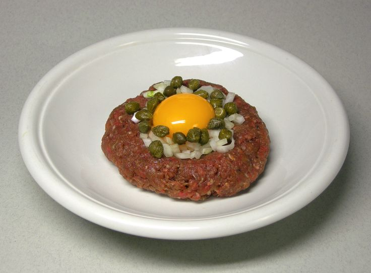 steak tartare, low carb and delicious!