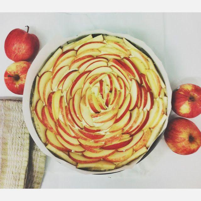 Apple Polenta & Pistachio Gluten Free Cake Only at The Silva Spoon Tea & Coffee Emporium Cotton Tree, QLD @alita_johnson
