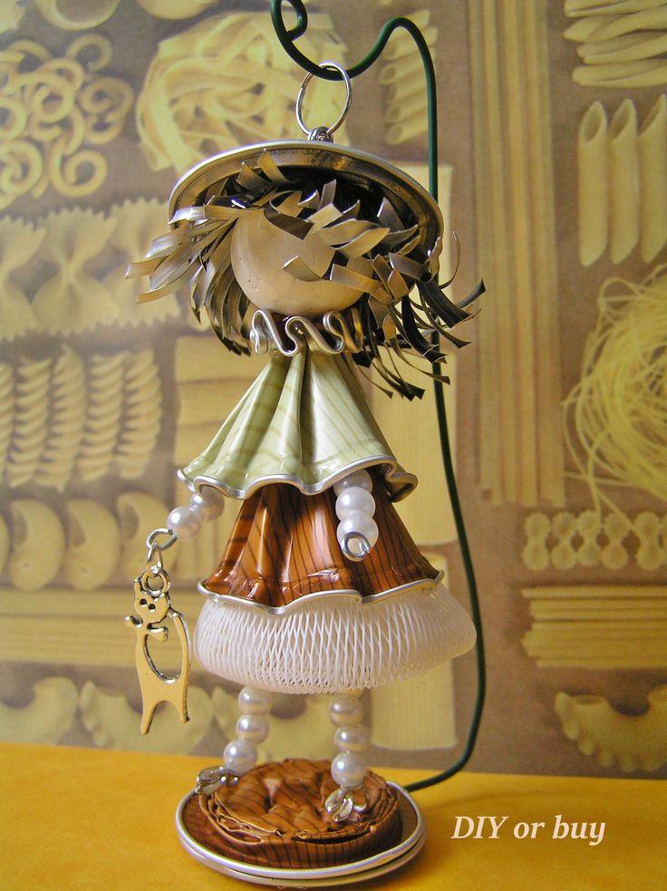 Made by @diyorbuy  #upcycled #nespresso #coffee #capsules #dolls #DIY #DIY_or_buy #ökoműves #handmade #handcrafted #Hungary #ecofriendly #újrahasznos