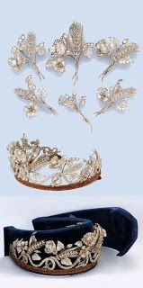 Marie Poutine's Jewels & Royals: Floral and Leafy Diadems. A tiara that can come apart to form six different brooches.