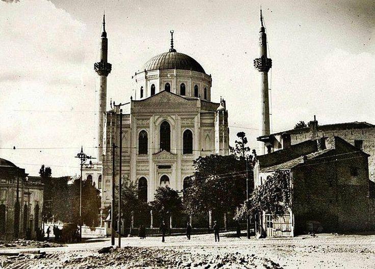 1900'lerde Valide Camii