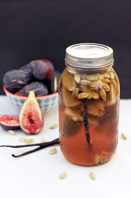 Fig, Vanilla Bean and Cardamom Infused Vodka #drinks #cocktail #recipe