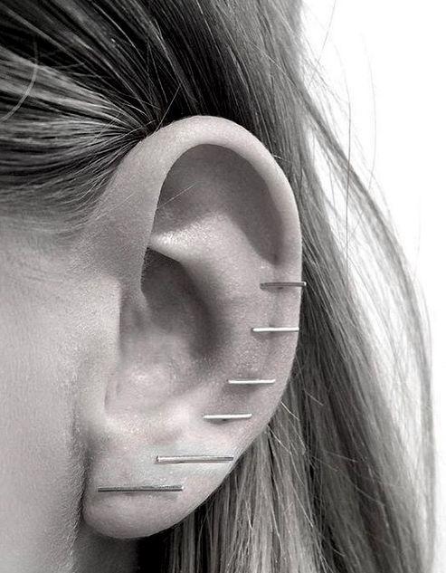 Ear party // #earrings #piercings #jewelry Lust darauf mit Schmuck Geld zu…
