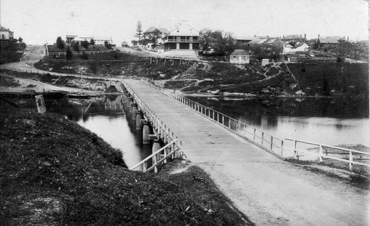 Looking across Windsor Bridge to the township of Windsor, North West of Sydney in 1879. Photo shared from Heritage Watch NSW. v@e.