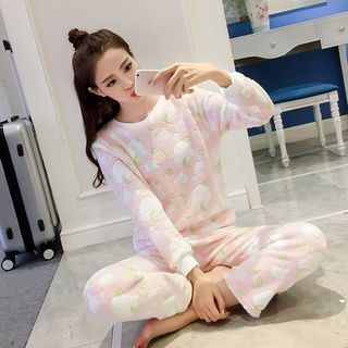 Buy 'eplus – Pajama Set: Coral Fleece Top   Pants' with Free International Shipping at YesStyle.com. Browse and shop for thousands of Asian fashion items from China and more!