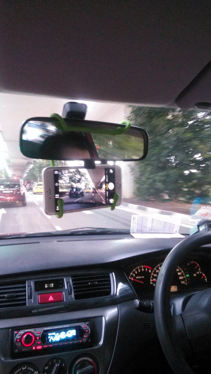 "WINNER of the International Distributor Gear Tie Contest from StreamCast in Singapore- ""Virtually free in-car camera to record errant drivers and accidents.  No need to pay for an expensive camera or use up your car battery!"""