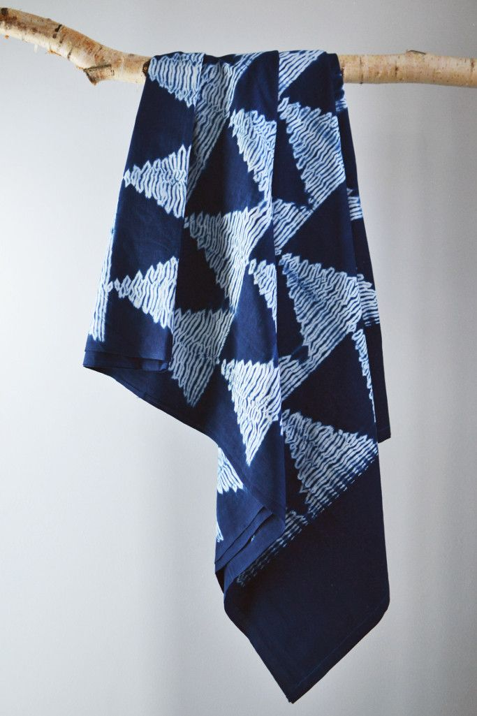 Shibori indigo throw from Decorator's Notebook - article explains the process