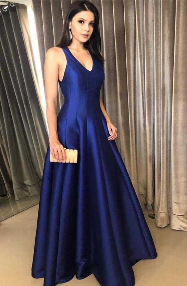 10 vestidos de festa estilo princesa para madrinhas. Na foto vestido de  festa azul royal d0e0cf297d1f