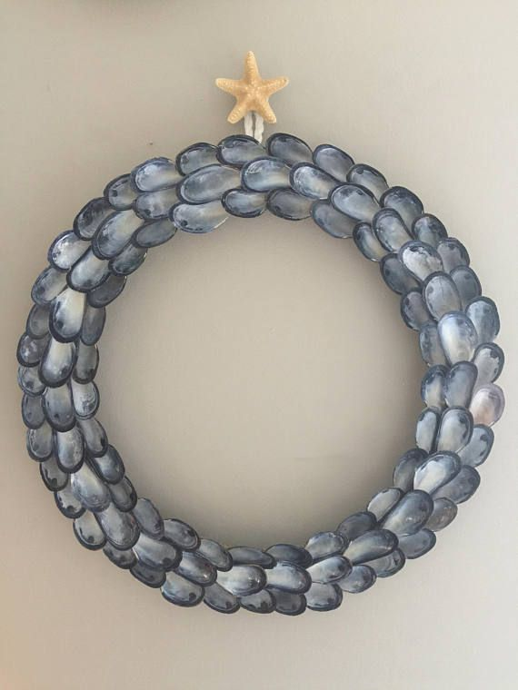 Blue Mussel Wreath with Starfish Hanger